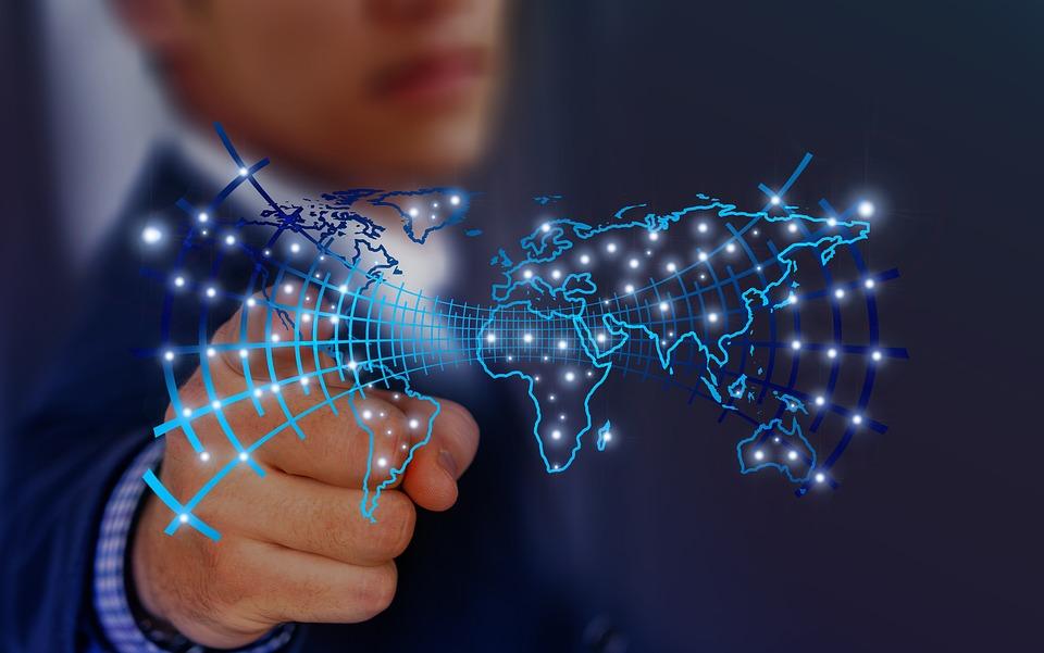 Un nuevo informe asegura que no existen pruebas de que la inteligencia artificial destruirá más empleos de los que creará
