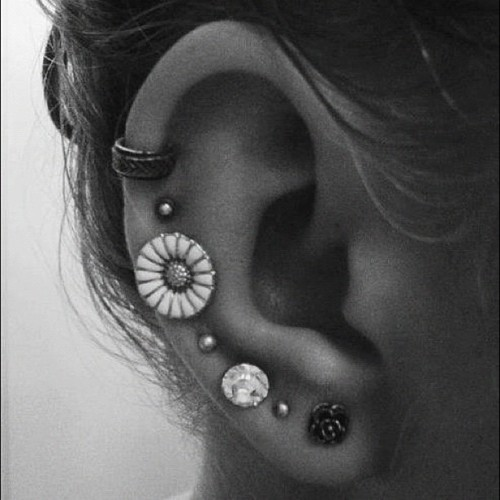 ¡Que no te duelan las orejas si llevas pendientes falsos!