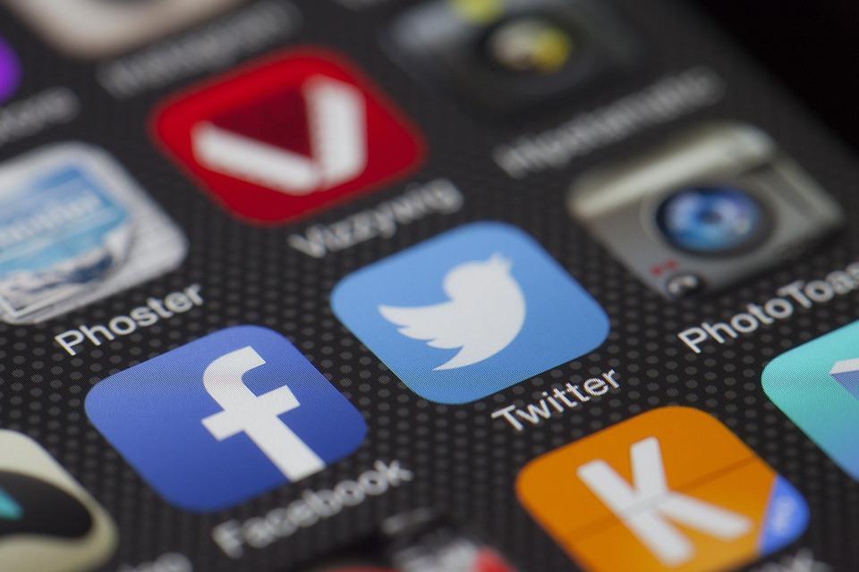 El 41 por ciento de los españoles abandonaría las redes sociales para garantizar su privacidad