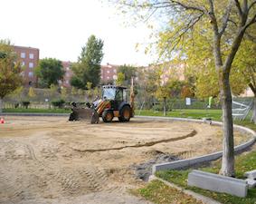 Parque Empresarial Prado del Espino contará con puntos de recarga para coches eléctricos y nuevas plazas de aparcamiento