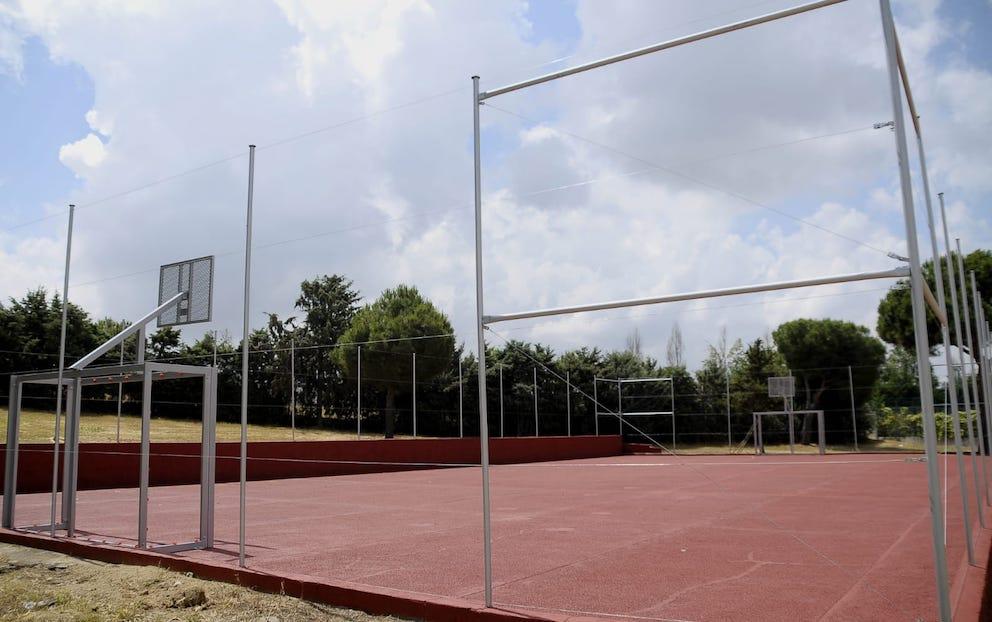 Nueva pista de fútbol sala y baloncesto para los vecinos de Boadilla