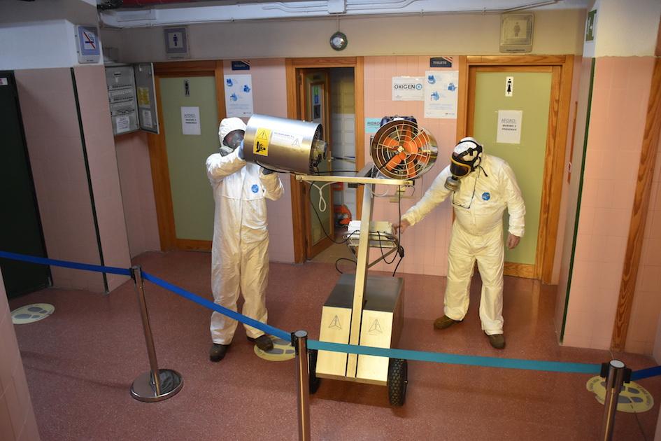 Desinfección de centros públicos de enseñanza en Villaviciosa