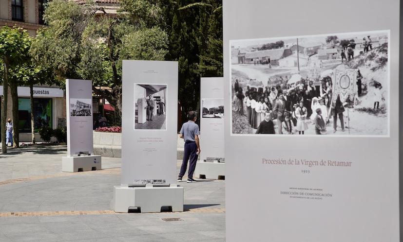 Exposición fotográfica al aire libre sobre la historia de Las Rozas