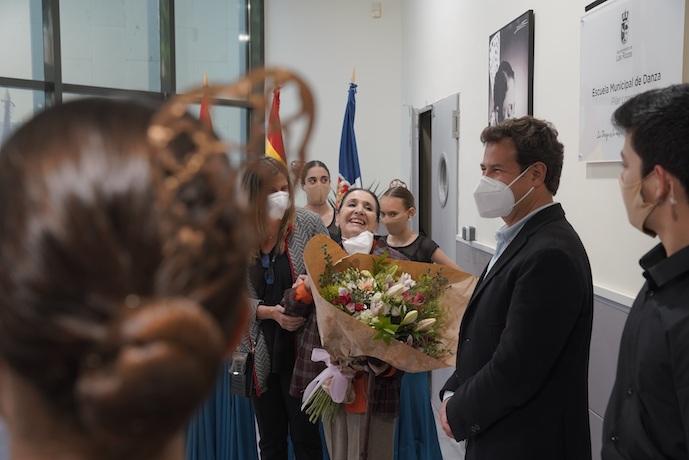 La bailarina Pilar López da nombre de nuevo a la Escuela Municipal de Danza de Las Rozas