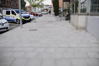 Ampliación de la acera de la calle Juan Carlos I de Boadilla