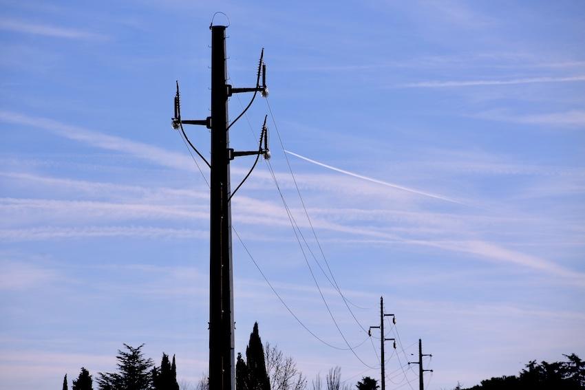Las Rozas pide al Ministerio de Transición Ecológica que elimine las líneas de alta tensión de Molino de la Hoz y El Canti