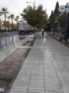 Limpieza especial de las avenidas Siglo XXI e Infante Don Luis de Boadilla